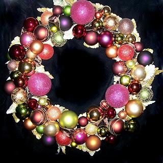 Autumn Gems OWR8014 Holiday Ornament Wreath