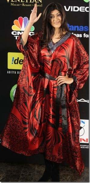 Sushmita sen badly dressed