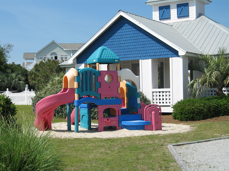 playground - Spinnakers Reach at the beach - Emerald Isle North Carolina