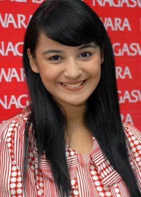 foto shireen sungkar
