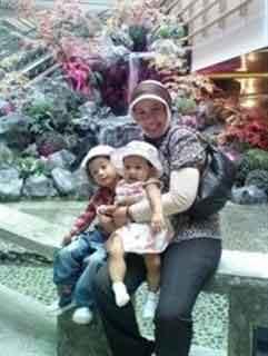 ibu prita dan anak-anaknya