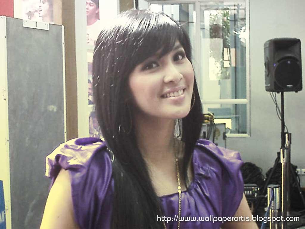 Sandra Dewi - Wallpaper Actress