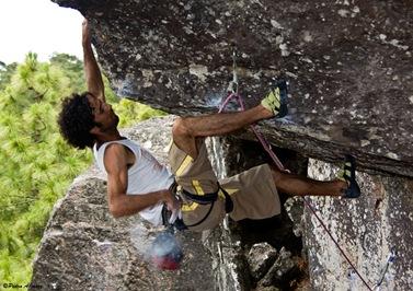 rutas de escalada en tamadaba