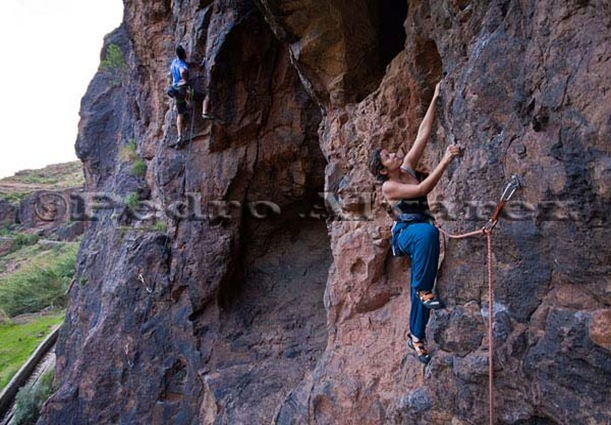 Escalar en fataga, rock climb, canarias06