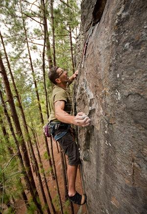 Escalada-en-canarias,-Escalada-en-tamadaba,-climb-in-canarias01