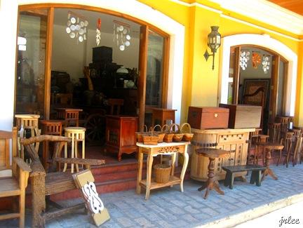 souvenir shop at calle crisologo
