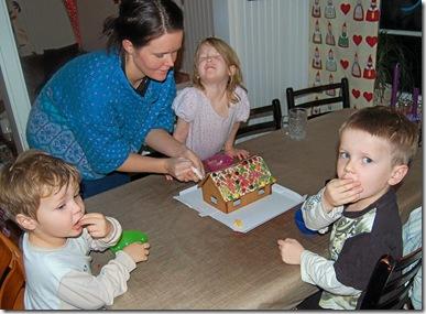 Førjul, jul, bursdag L. nyttår, 5.årsdag 011