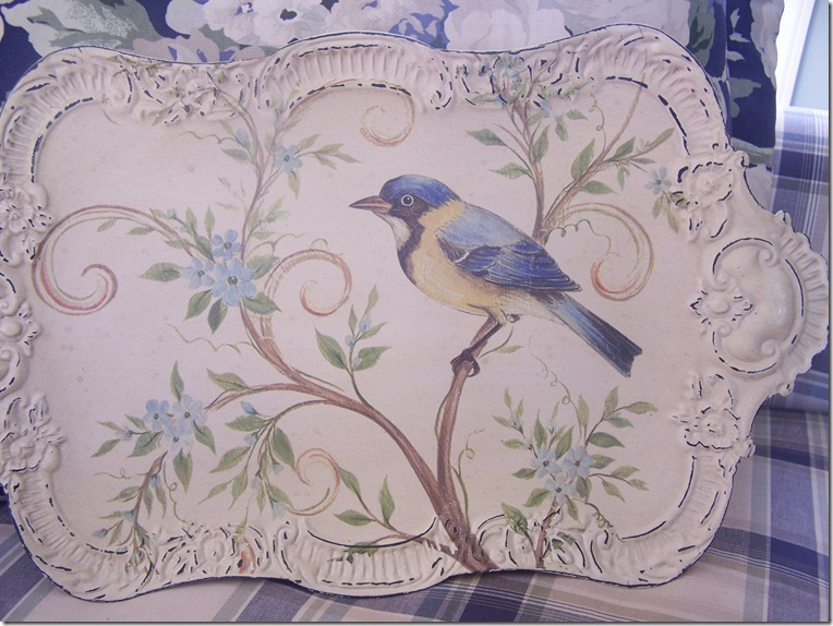 Pier One Tray with Bird 007