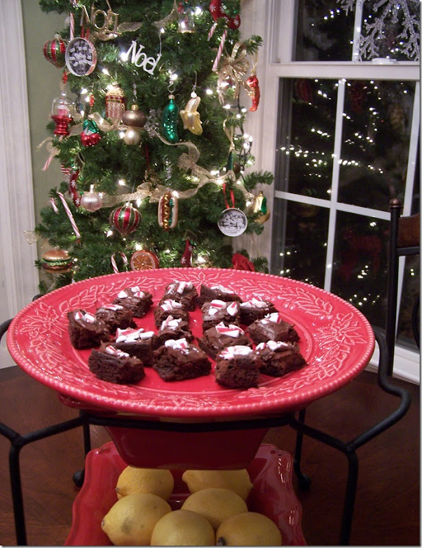 Peppermint Brownie Bites 009