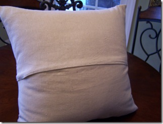 French Pillow 023