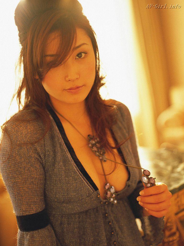 http://lh6.ggpht.com/_Te08WZ7ONNg/S2U4F4K59AI/AAAAAAAAWGM/Ekrt-1A9CGc/s1440/Yoko-Mitsuya-sexy-office-lady-gooogirl.com-3612.297085.jpg