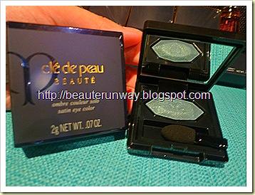 Cle de Peau Beaute Satin Eye Colour