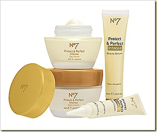Boots No7 Protect & Perfect Intense skincare