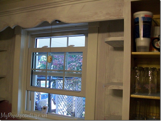 Tips and tricks for painting kitchen cabinets my for Bad smell in kitchen cabinets