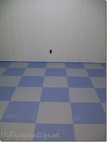 painted vinyl (kitchen) floor