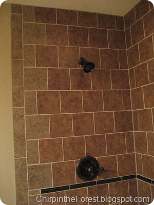 Quoin shower tile pattern