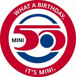 MINI DAY當天作為排LOGO活動藍圖的MINI 50周年紀念LOGO