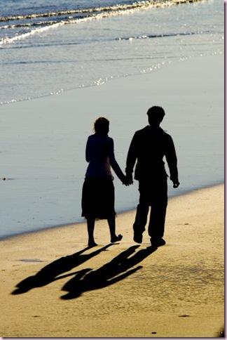 people_beach_shadow_1326788_l
