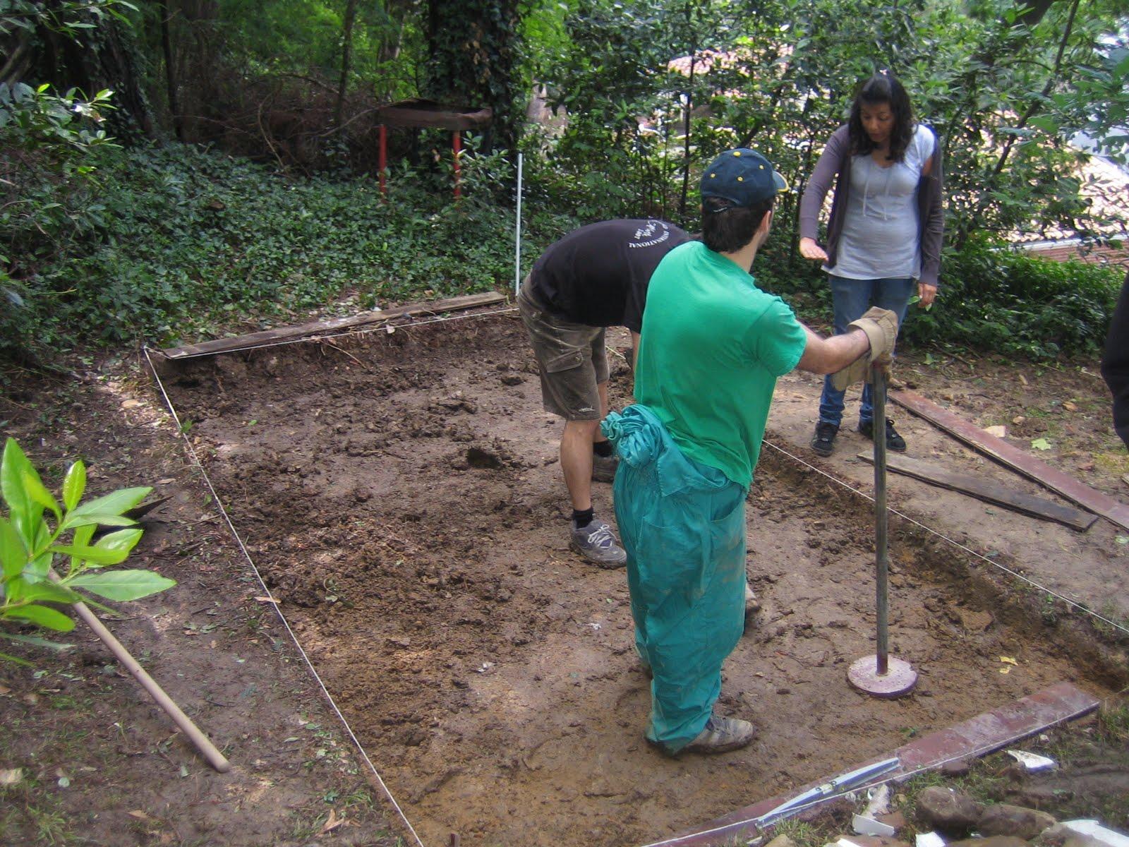 Proyecto mesa merendero cimentaci n y encofrado for Piscinas de artxanda