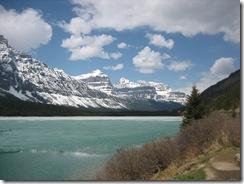 random lake along icefield parkway photo 11
