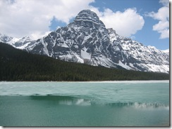 random lake along icefield parkway photo 10