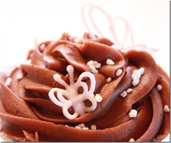baby girl cupcake