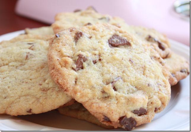 IMG_0407_oppskrift_chocolate_chip_cookies_kjeks_småkaker_sjokoalde