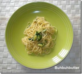 Spaghetti carbonara di zucchine