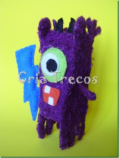 Toy Peludo 009
