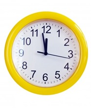 Yellow wall clock [123RF.com]