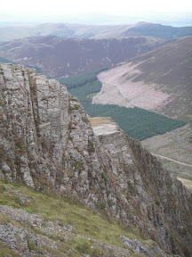 Cliffs below Hopegill Head, to west
