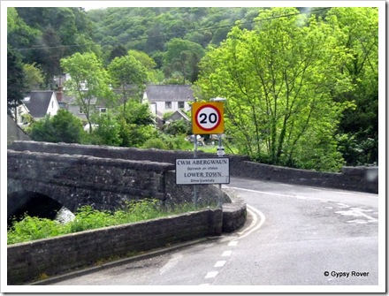 One way bridge into Lower Town, Fishguard.