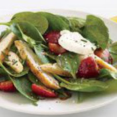 Strawberry-Topped Chicken and Baby Spinach Salad