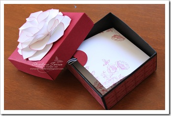 SC flower scrapbooks ST lid off