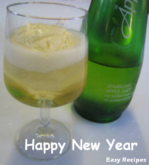 Vanilla Ice Cream with Sparkling Apple Juice
