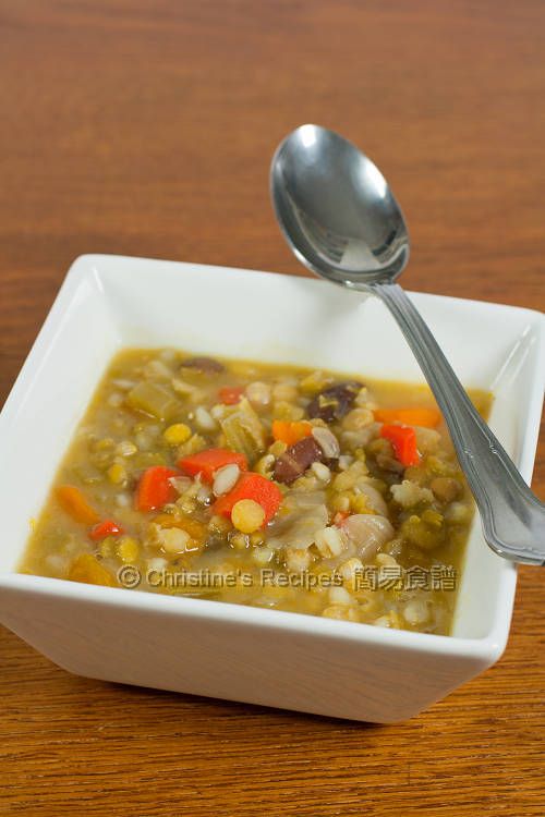  Hearty Peas Soup01