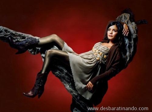 Vanessa Hudgens linda sensual e gata desbaratinando (2)