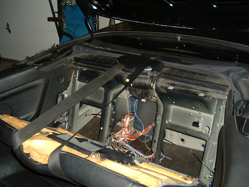 DSCF0118 how big are the rear convertible speakers? BMW Stereo Wiring Diagram at gsmportal.co