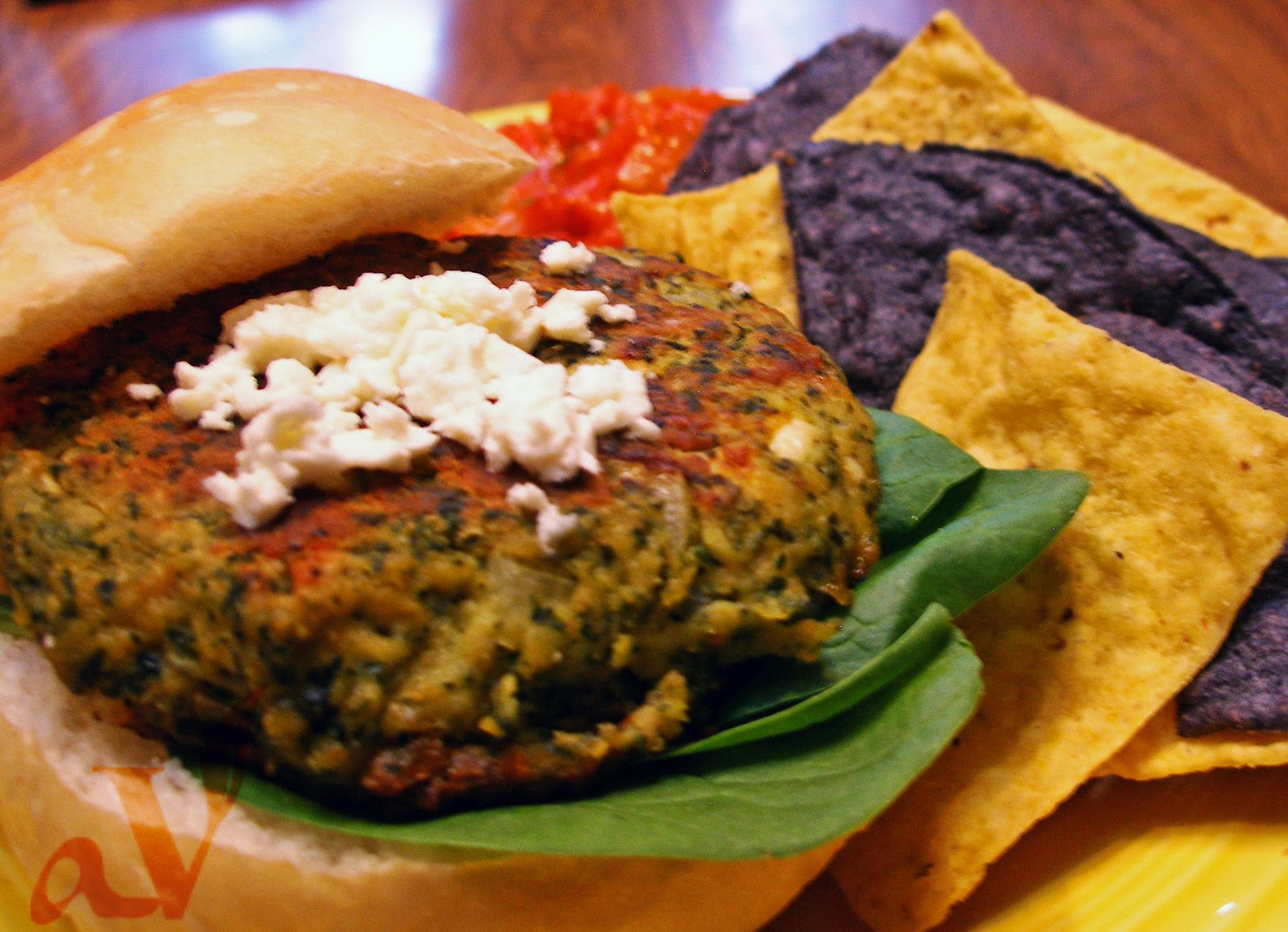 Spinach Feta Burger | the awesome Vegetarian