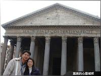 羅馬萬神殿前拍照留念