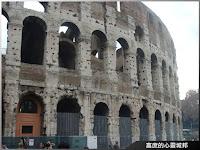 滿目瘡痍的羅馬鬥獸場