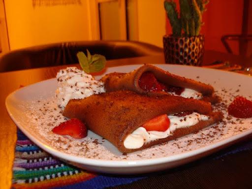 restauracja meksykańska, rzeszow, Rzeszów, Frida, jedzenie, tequila, meksykańska kuchnia, desery, nalesniki, czekolada, truskawki