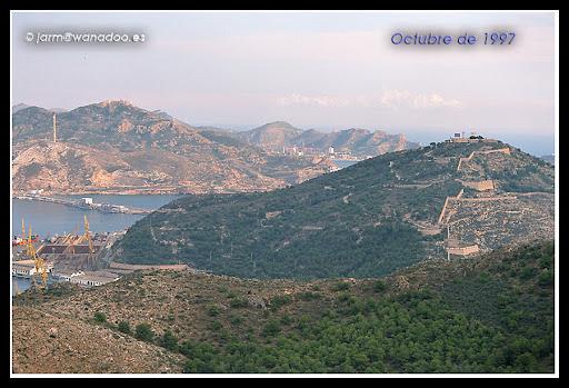 Flora y Fauna - Página 6 971023-13-CT%20CASTILLO%20ATALAYA%20CON%20DOMINGO%20LAGARTIJA
