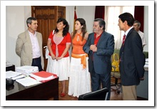 De izquierda a derecha, el juez titular, Francisco Real; las concejalas Almudena Correal y Beatriz Calvo; el alcalde, Vicente de Gregorio; y el delegado provincial, José Fuentes.