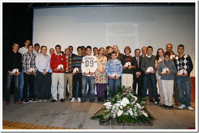 Imagen de familia de los protagonistas de la I Gala del Deporte Local.