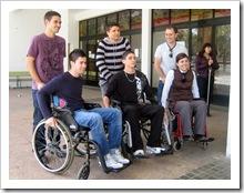 Actividad de simulación sobre discapacidad que tuvo lugar la pasada primavera en el IES 'San Juan Bautista de la Concepción'.