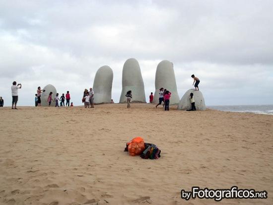 Los dedos de Punta del Este