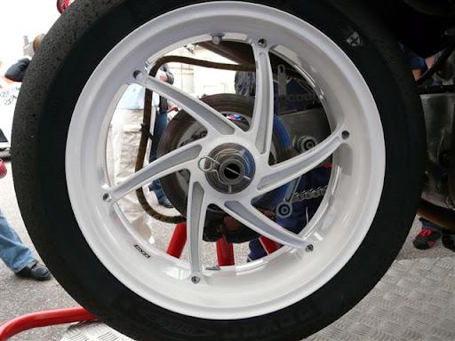 Honda RC 30 P1000810