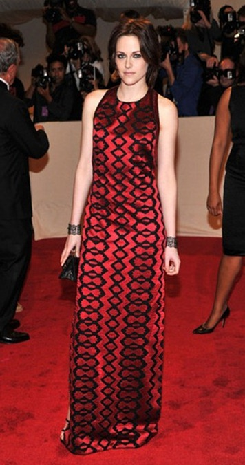 Kristen Stewart in Proenza Schouler at the 2011 met gala_thumb[1]