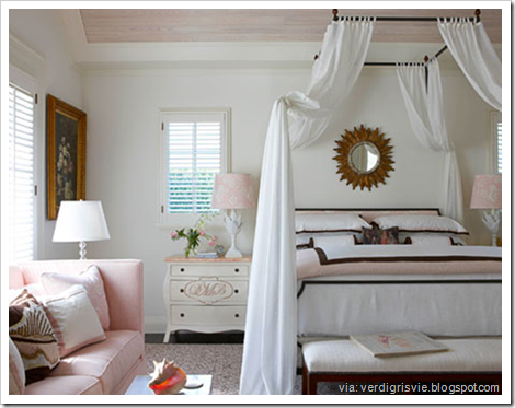 four poster bed mcbournie